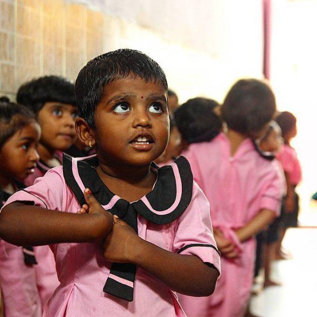 CA Bombai s bruta catica i desordenada per la sevahellip