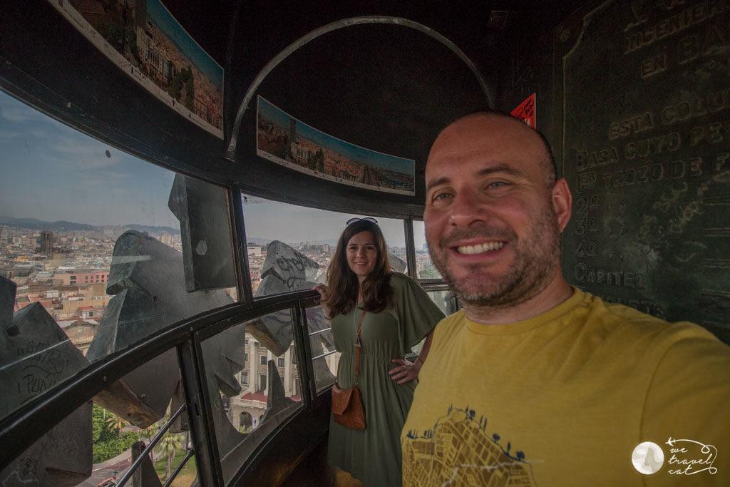 En Carles i la Cris de wetravelcat al mirador de Colom, un dels 5 miradors de Barcelona