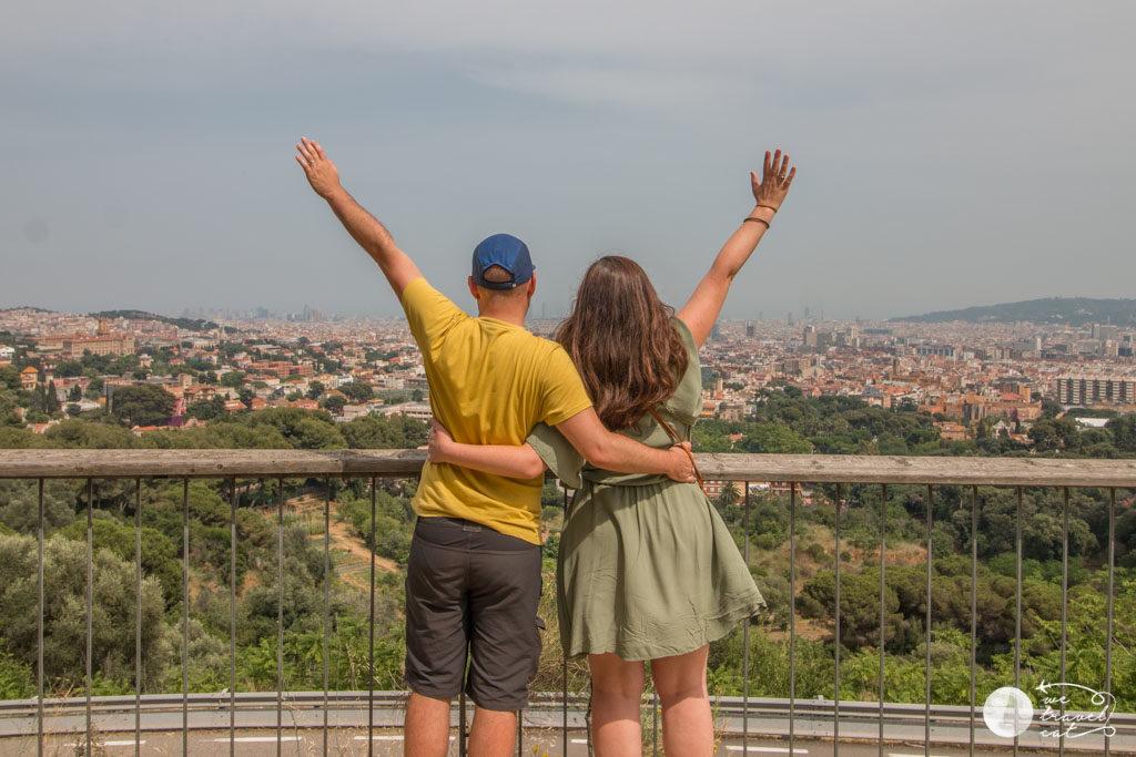 En Carles i la Cris del blog de viatges en català wetravelcat al mirador de Sarrià, un dels miradors de Barcelona - wetravelcat