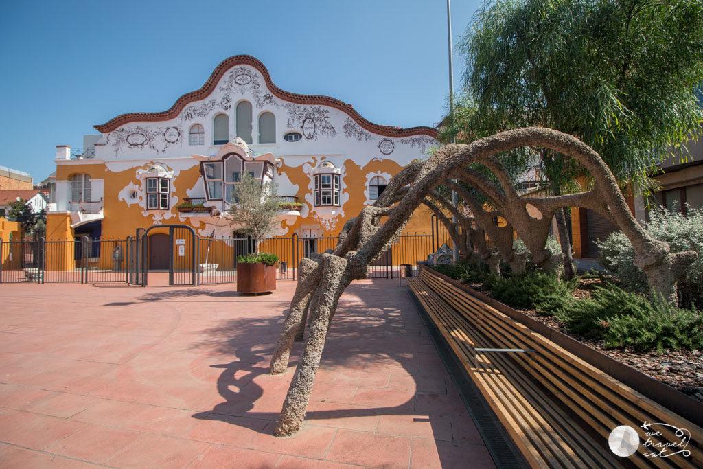 El Centre Jujol can Negre amb la Ruta del Tram, patrimoni del Baix Llobregat - wetravel.cat